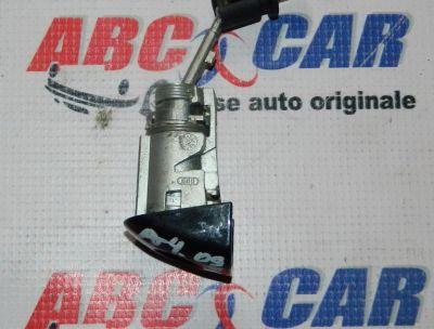 Butuc usa stanga fata Audi A4 B8 8K 2008-2015