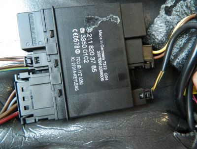 Modul keyless dreapta spate Mercedes CLS W219 COD : 2118203785