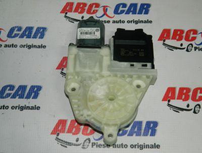 Motoras macara usa dreapra spate VW Passat B7 2010-2014 Cod: 3C0959794