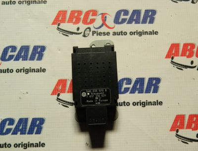 Amplificator antena VW Golf 6 2009-2013 5M0035570B