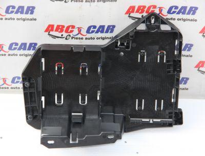 Suport amplificator radio Audi A5 (F5) 2016-prezent 8W7907371