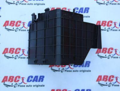 Carcasa laterala baterie VW Passat CC 2008-2016 3C0915335