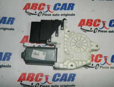 Motoras macara usa dreapta spate VW Passat B7 2010-2014 Cod: 1K0959704F