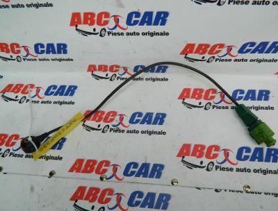 Senzor Vibrochen Audi A4 B7 8E 3.2 TSI Quattro COD: 06E905377A