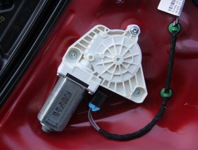 Motoras macara usa stanga fata VW Arteon 2017-prezent