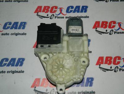 Motoras macara usa stanga spate VW Passat B7 2010-2014 Cod: 1K0959795P