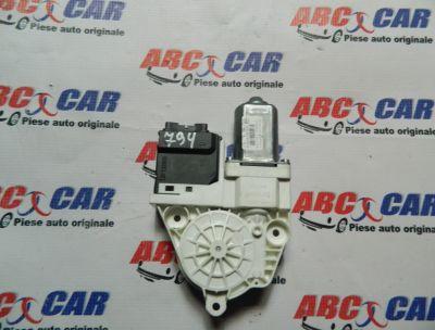 Motoras macara usa dreapta spate VW Passat CC 2008-2012 Cod: 3C8959794