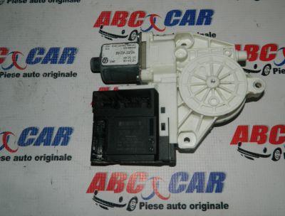 Motoras macara usa dreapta fata VW Jetta (1K) 2005-2011Cod: 1K0959792N