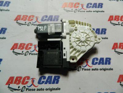 Motoras macara usa dreapta fata VW Passat CC 2008-2012 Cod: 1K0959792P