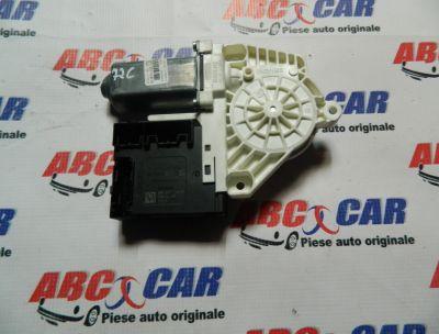 Motoras macara usa dreapta fata VW Passat CC 2008-2012 Cod: 3C0959792C