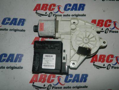 Motoras macara usa stanga fata VW Golf 5 2005-2009 Cod: 1K0959793K