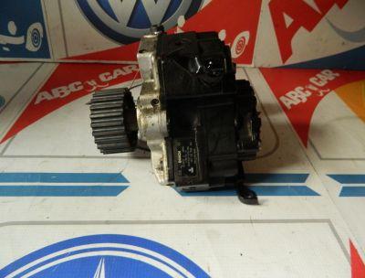 Pompa inalta presiune Audi Q7 4L cod: 057130755K