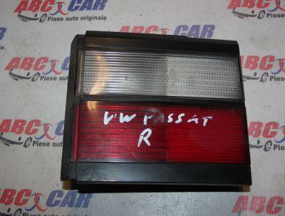 Stop dreapta capota VW Passat B3 limuzina 1988-1993333945108