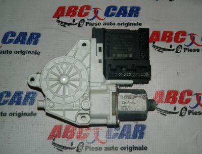 Motoras macara usa stanga fata VW Jetta (1K) 2005-2011 Cod: 1K5837402AL