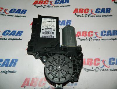 Motoras usa stanga fata Audi A4 B6 8E 2000-2005 Cod: 8E2959801B