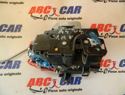 Broasca usa dreapta fata Audi A4 B6 8E 2000-2005 8E1837016C