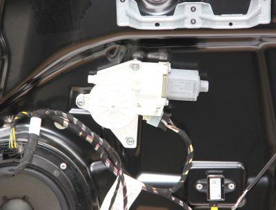 Motoras macara usa dreapta spate Mercedes R-Class W251 2011-2017
