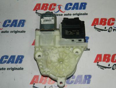 Motoras macara usa dreapta spate VW Passat B7 2010-2014 Cod: 3C0959795B