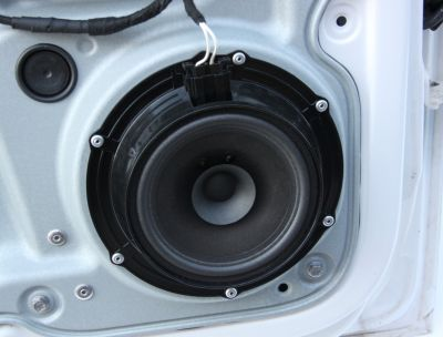 Boxa usa stanga fata VW Caddy (2K) 2004-2015