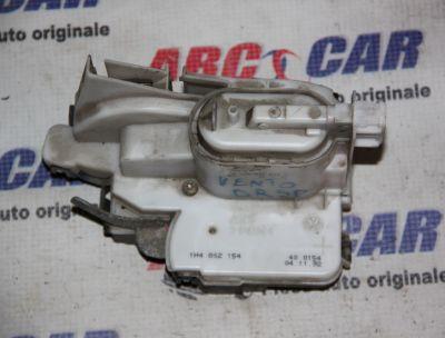 Broasca usa dreapta spate VW Vento1992-1998 1H4852154