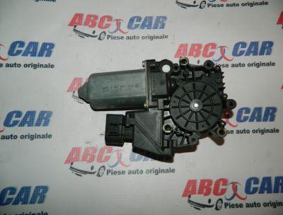 Motoras macara usa stanga fata usa stanga fata Audi A6 4B C5 1997-2004 Cod: 4B0959801E
