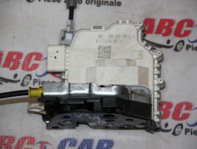 Broasca usa stanga spate Audi A1 8X 2010-20188X0839015E