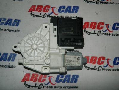 Motoras macara usa dreapta fata VW Jetta (1K) 2005-2011 Cod: 1K0959793M