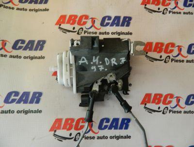 Broasca usa dreapta fata Audi A4 B5 1995-2000 8D1837016E