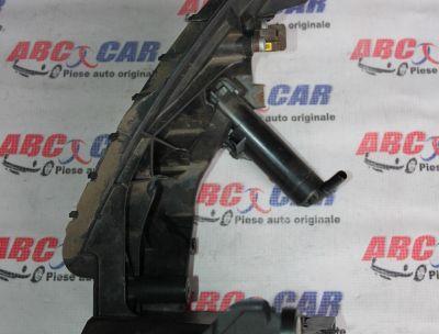 Spalator far dreapta Audi A4 B8 8K 2008-2015 8K0955102D