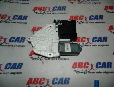 Motoras macara usa stanga fata VW Passat CC 2008-2012 Cod: 3C0959793C