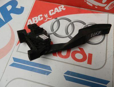 Pedala acceleratie Opel Zafira B 1.9 CDTI DSG COD : 9202342BU