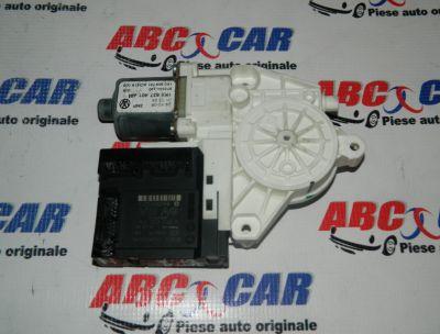 Motoras macara usa stanga fata VW Jetta (1K) 2005-2011 Cod: 1K0959793N