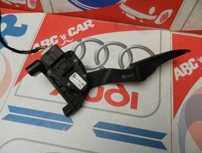 Pedala acceleratie Opel Zafira B 1.9 CDTI COD : 9202341BT