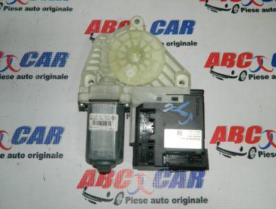 Motoras macara usa stanga fata VW Passat B6 2005-2010 Cod: 3C0959701