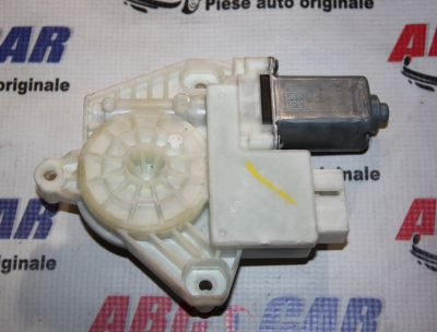 Motoras macara stanga fata Skoda Rapid (NH3)2012-prezent6V1959801B