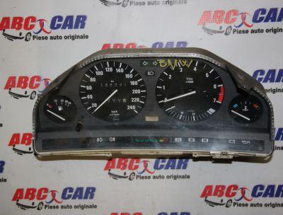 Ceasuri de bord BMW Seria 3 E30 1982-1993 1.8 benzina 6160444335, 1385361