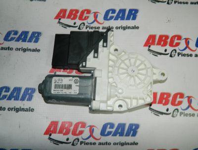 Motoras macara usa dreapta spate VW Golf 5 2005-2009 Cod: 1K0959704AG