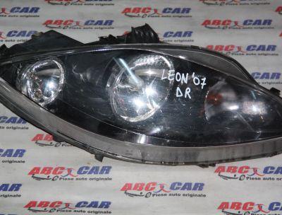 Far dreapta Seat Leon 1P1 2005-2009 (cu defect)