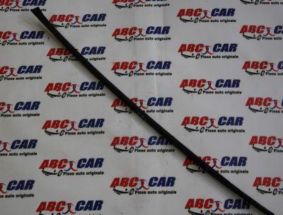 Deflector apa stanga parbriz VW Passat B7 2010-2014 3C0854327B