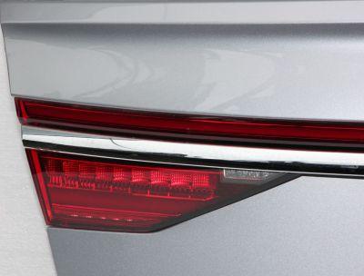 Stop LED central capota Audi A8 4N (D5) 2017-prezent