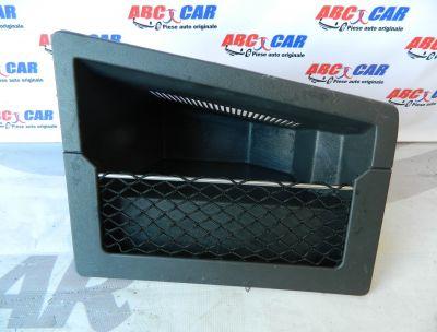 Compartiment dreapta depozitare portbagaj VW Phaeton 3D5867706F