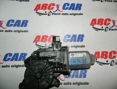 Motoras macara usa dreapta fata Skoda Fabia 2 (5J) 2007-2014 Cod: 6R0959802P