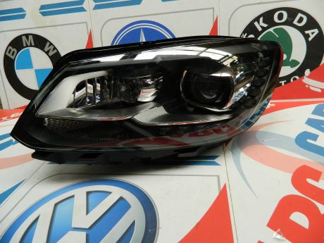 Far stanga cu xenon VW Caddy (2K) 2014